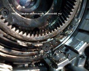 При разборе АКПП, я обнаружил, что поломка характерна, для данного типа автоматической коробки передач U140 E/F...
